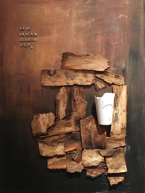 Assemblage. Holz, Porzellan auf Leinwand